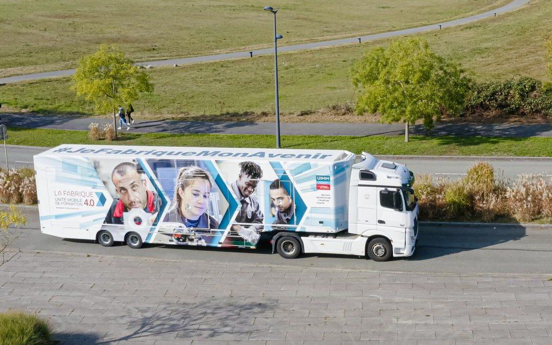 La Fabrique 4.0®, une unité mobile de formation imaginée par l'Union des Industries et Métiers de la Métallurgie (UIMM) unique en France !